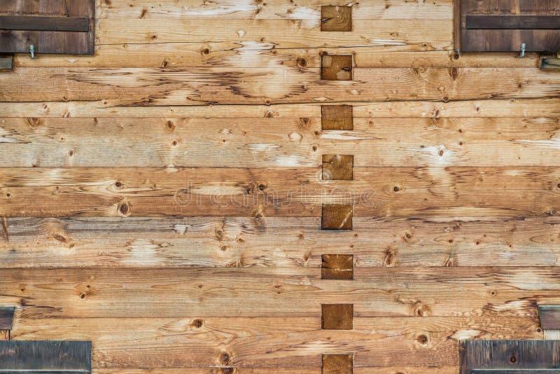 Предпосылка текстуры стены тимберса деревянная конструкция традиционная стоковое изображение