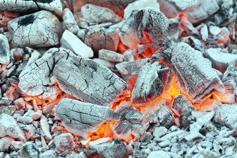 Предпосылка тлеющих углей стоковая фотография rf