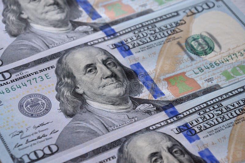 представляет счет доллар 100 одно стоковые фото