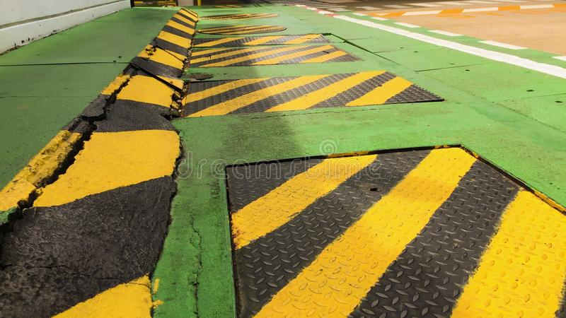 Предупреждение знака улиц прогулки стоковая фотография rf