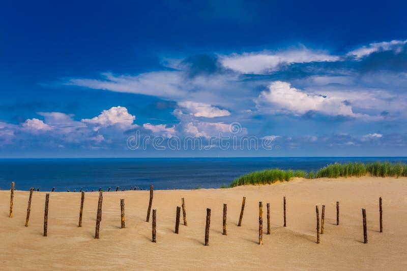 прибалтийские дюны Наследие ЮНЕСКО Nida расположено на вертеле Curonian стоковые фотографии rf