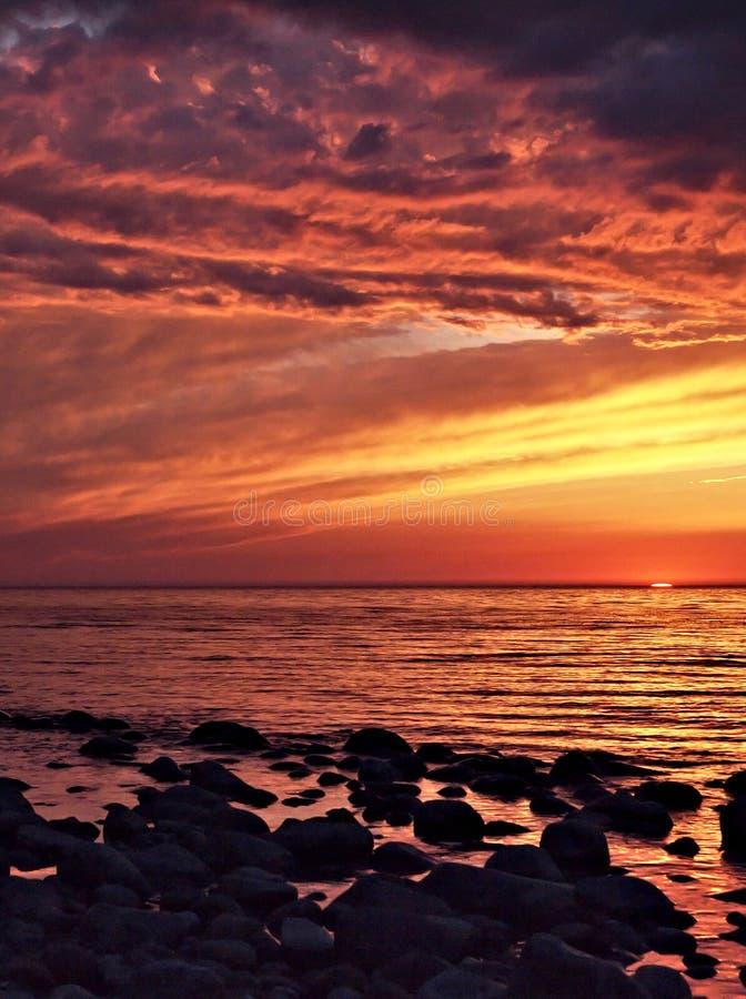 прибалтийский заход солнца стоковое изображение rf