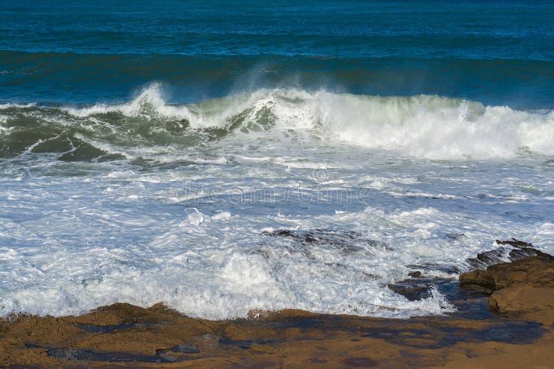 Прибой на море стоковая фотография rf