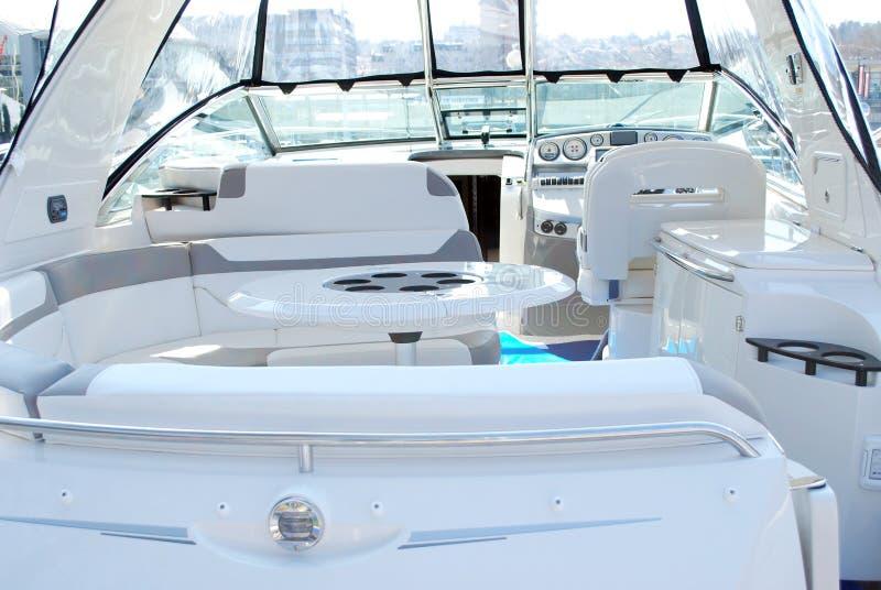 Приборная панель арены роскошной яхты внутренняя стоковая фотография rf