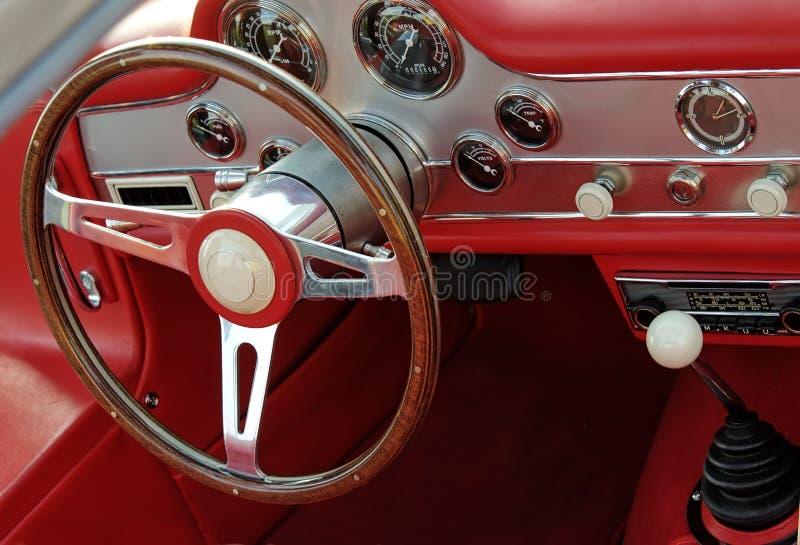 приборная панель классики автомобиля стоковое изображение rf