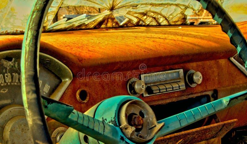 приборная панель античного автомобиля стоковая фотография rf