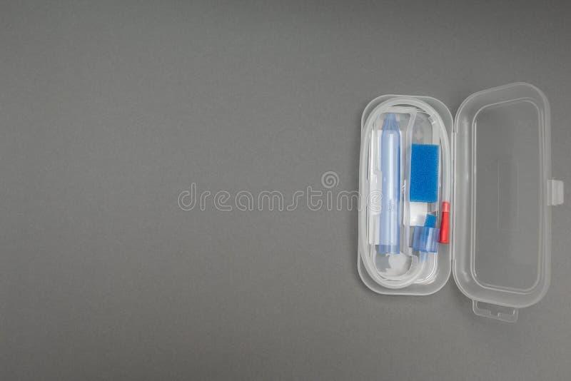 Прибор для извлечения слизи от младенца стоковые фотографии rf
