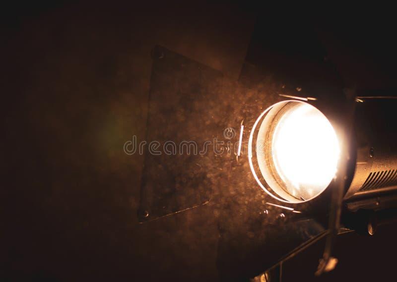 Прибор освещения на месте киносъемка стоковые фотографии rf