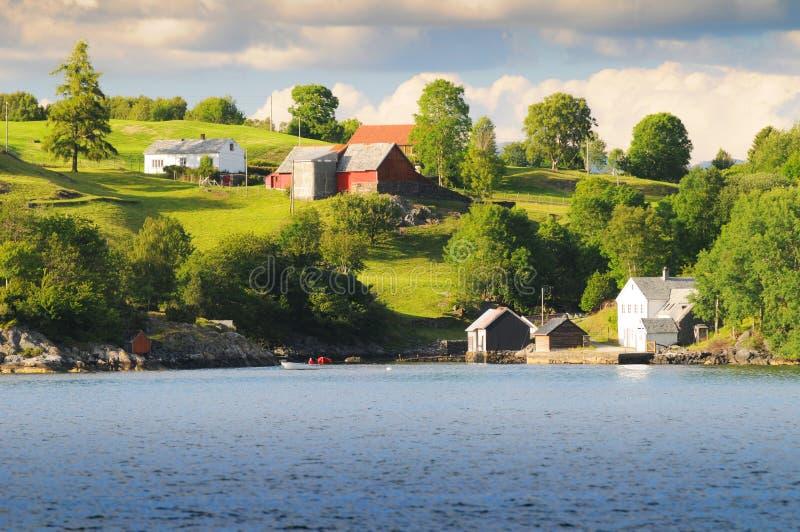 прибрежное село стоковые изображения