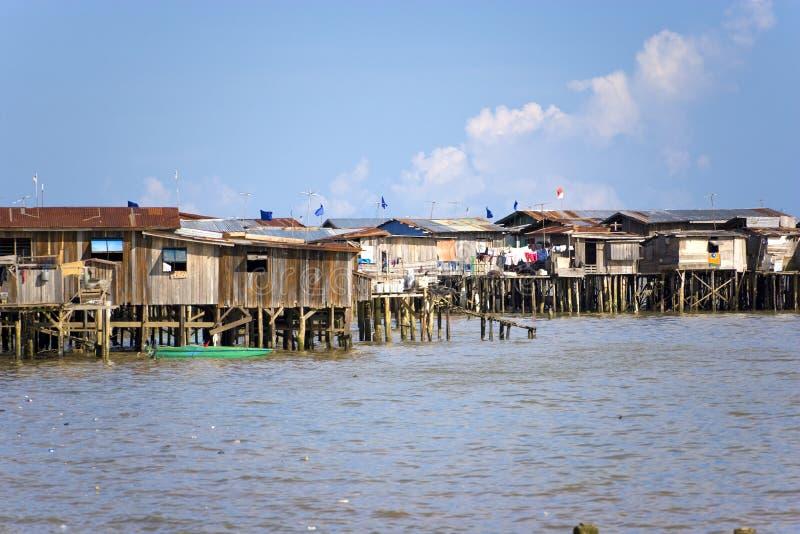 прибрежное tawau трущоб стоковые фотографии rf