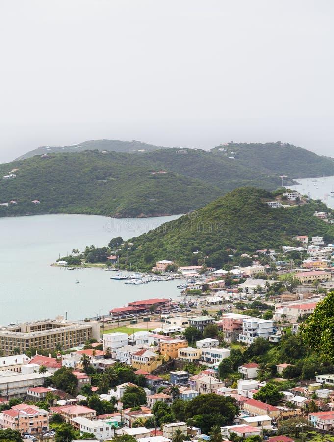Прибрежный город на St. Thomas стоковые изображения