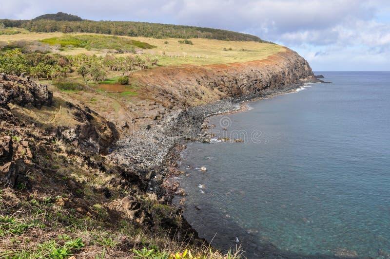 Прибрежный пейзаж на острове пасхи, Чили стоковая фотография