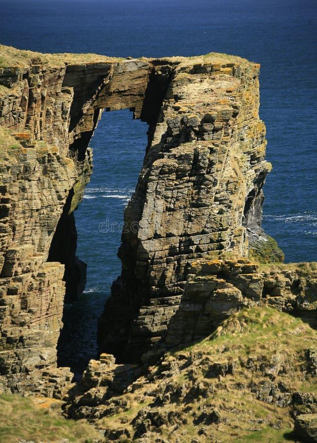 Прибрежный свод, около фитиля, Caithness, Шотландия, Великобритания стоковое изображение