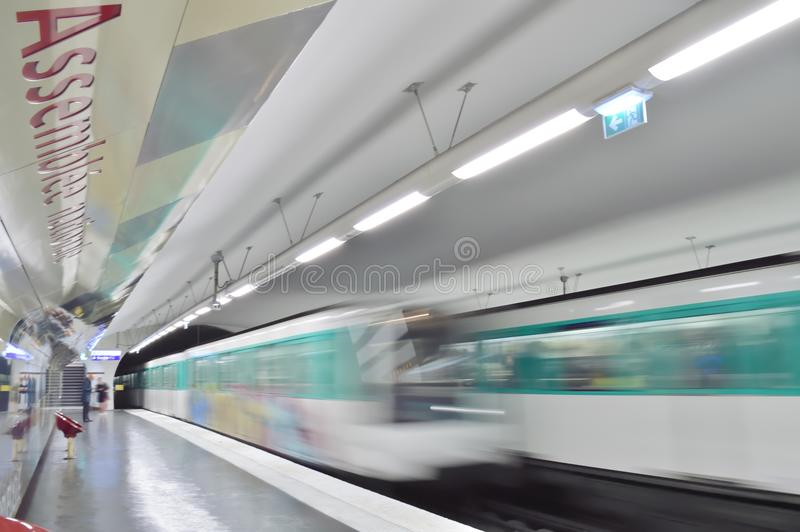 Прибытие поезда стоковые изображения