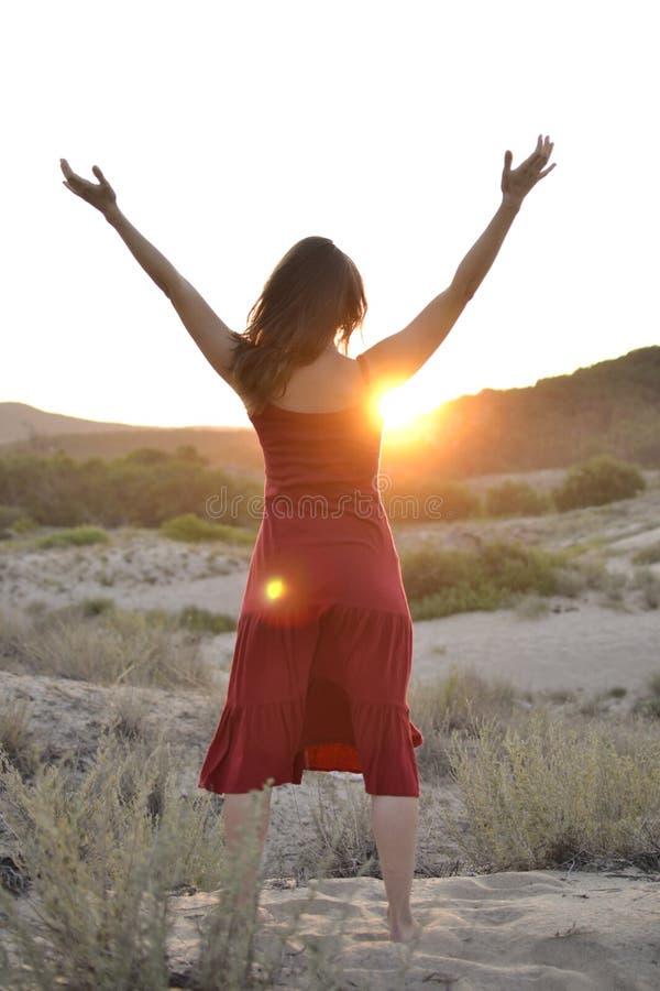Приветствовать солнце стоковая фотография rf