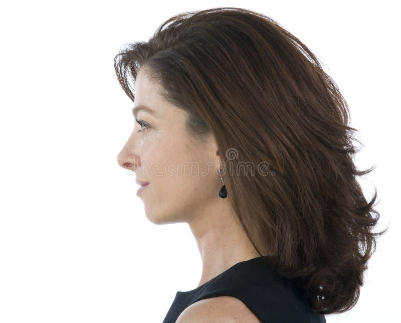 Download привлекательная возмужалая женщина портрета Стоковое Изображение - изображение насчитывающей утеха, предусмотрите: 6864503