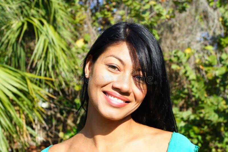 привлекательная женщина headshot стоковая фотография rf