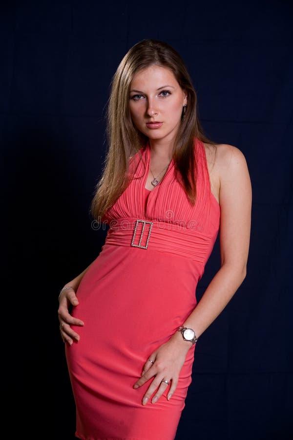 привлекательная кавказская женщина двадчадк стоковая фотография
