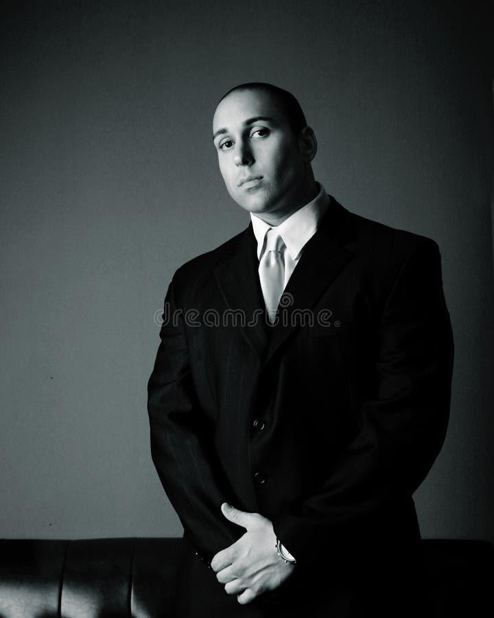 привлекательный бизнесмен стоковые фотографии rf
