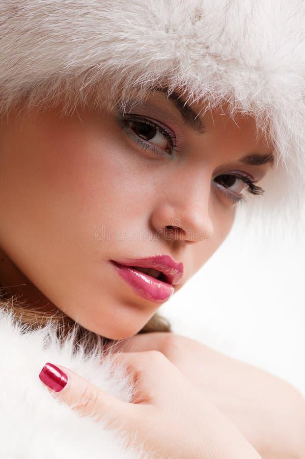 привлекательный близкий портрет шерсти вверх по женщине стоковое изображение