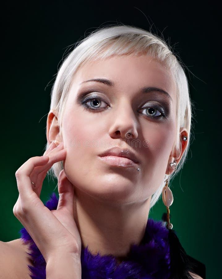 привлекательный портрет блондинкы красотки стоковые фотографии rf