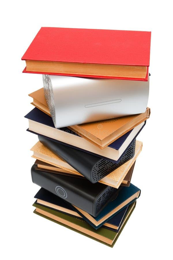 приводы книг крепко старые стоковое изображение