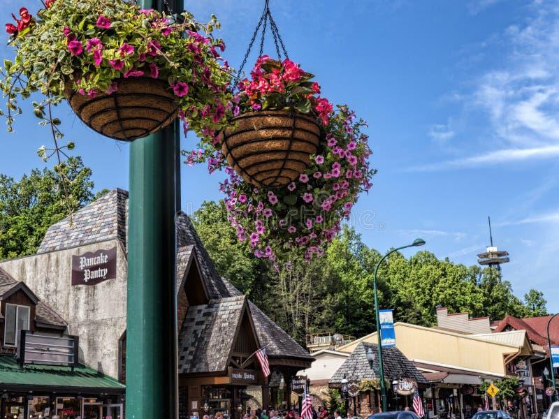 Привлекательность на главной улице в Gatlinburg курорт в Теннесси США стоковые фото