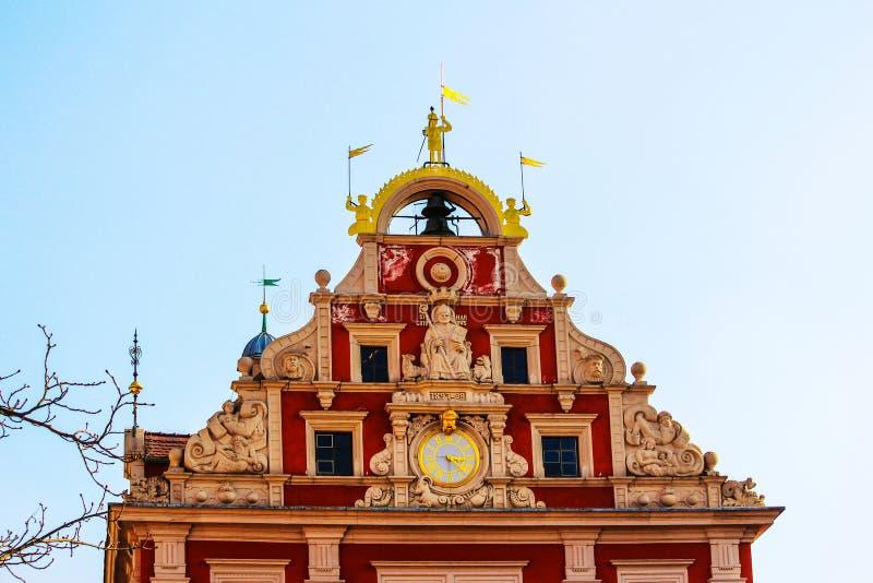 Привлекательно старомодный ратуша ренессанса на рыночной площади в Gotha, Германии стоковое фото rf