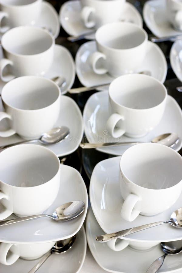 придает форму чашки белизна стоковые фотографии rf