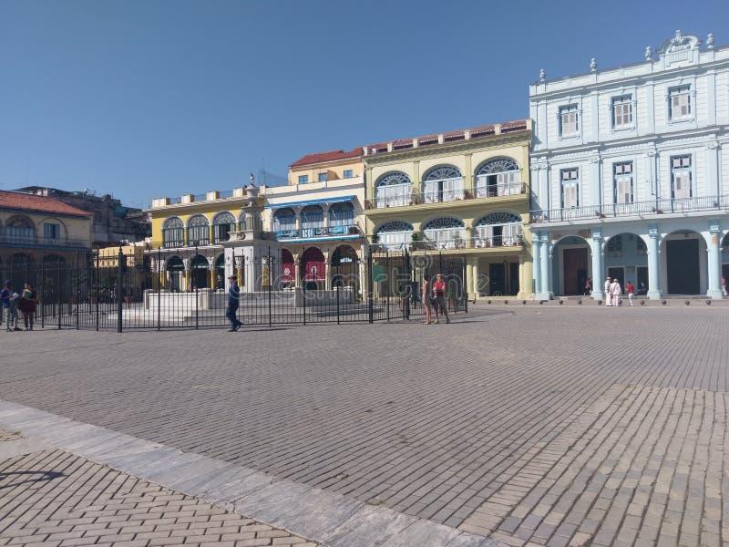 Придайте квадратную форму в старой Гаване, городской площади, городке, площади, городе стоковые изображения