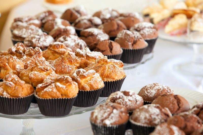 Прием шведского стола, десерт стоковые фотографии rf