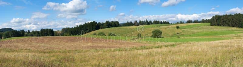 прикарпатская панорама холмов стоковые изображения