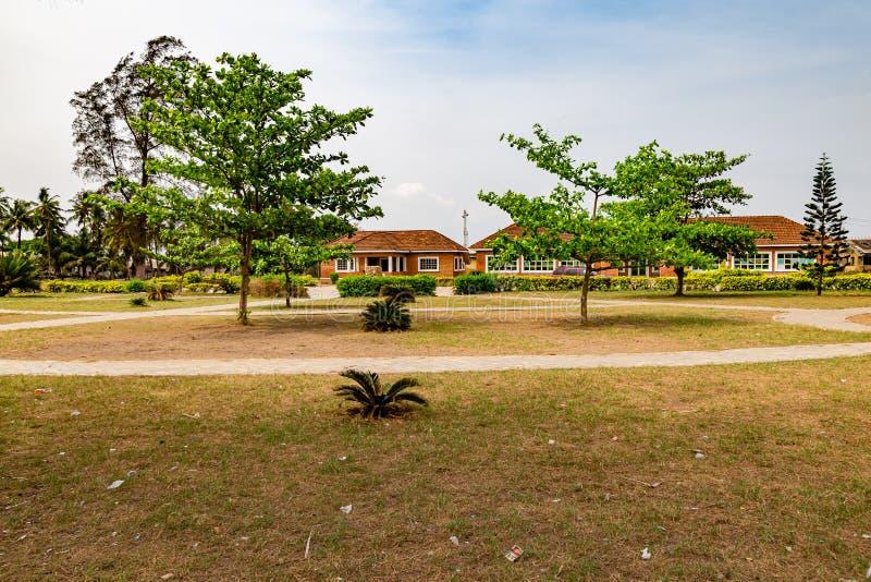 Прикрытие главного музея Обафеми Аволово пляжа Лекки Лагос Нигерия стоковое фото rf