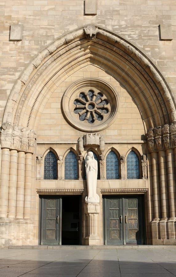 пример 1613 элементов dame краеугольного камня церков собора зодчества украшений также готский имеет однако свой иезуита положенн стоковые фото