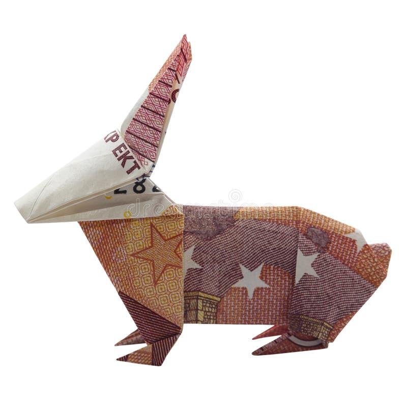 Примечание евро 10 пасхи красного КРОЛИКА Origami денег животное реальное изолированное на белой предпосылке стоковое изображение rf