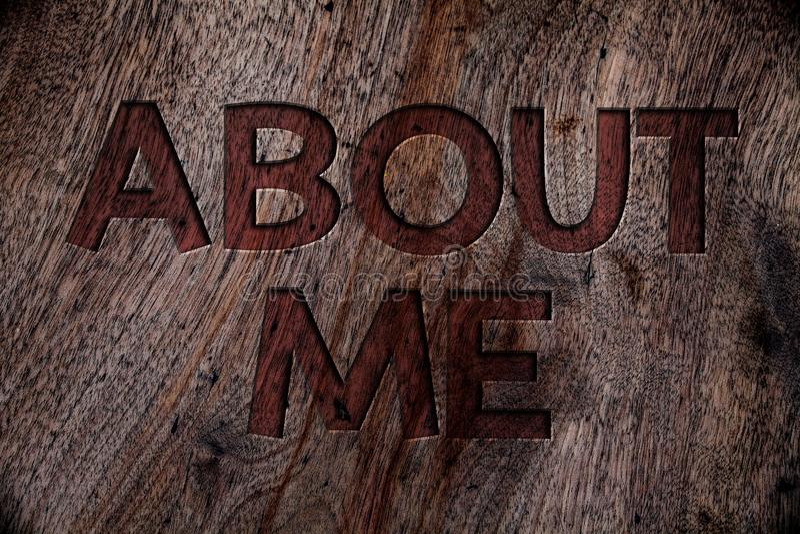 Примечание сочинительства показывая обо мне Древесина образа этикета характера ориентации поведения личности фото дела showcasing иллюстрация штока