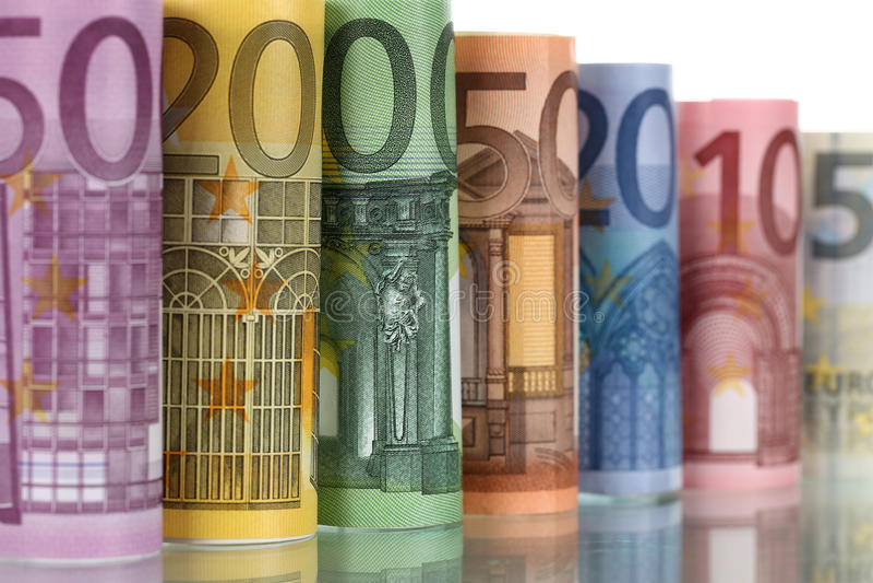 Примечания евро с отражением стоковые изображения