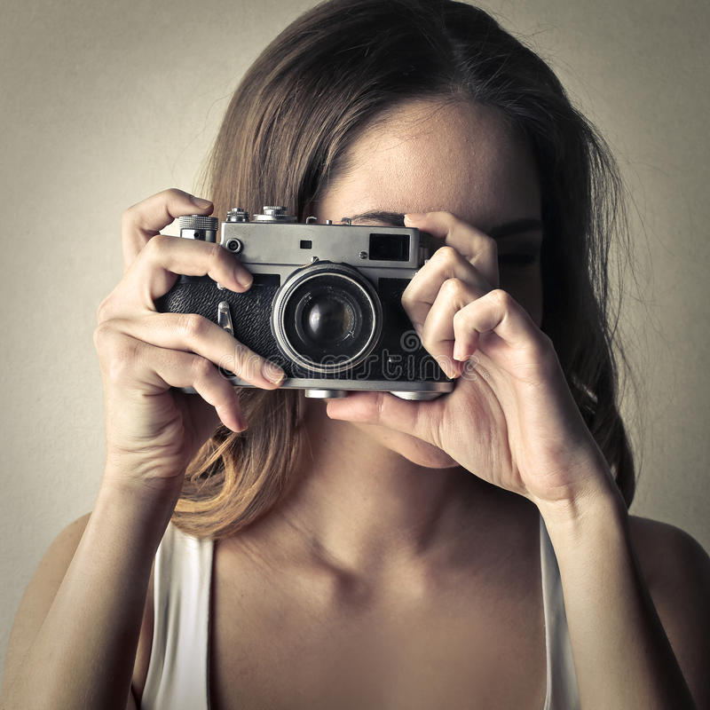 принимать изображения девушки стоковые фото