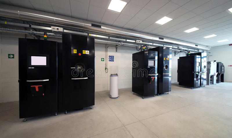 Принтеры металла 3D & x28; EBM& x29; стоковые изображения rf