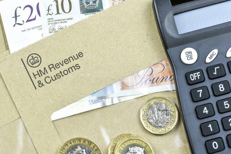 Принципиальная схема дела и финансов Письмо HMRC стоковое изображение