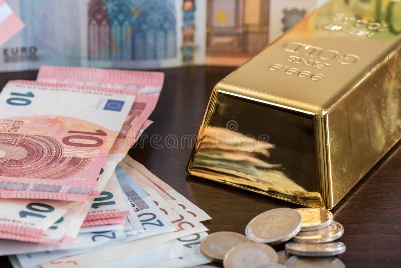 Принципиальная схема денег стоковые изображения rf