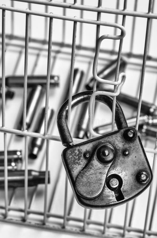 Принципиальная схема злодеяния и расправы стоковые изображения
