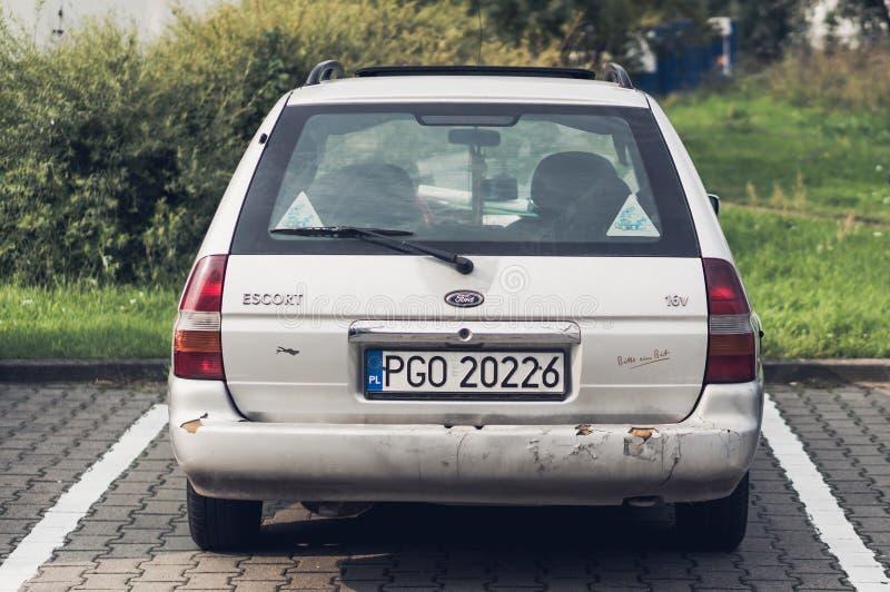 Припаркованный Ford Escort стоковая фотография