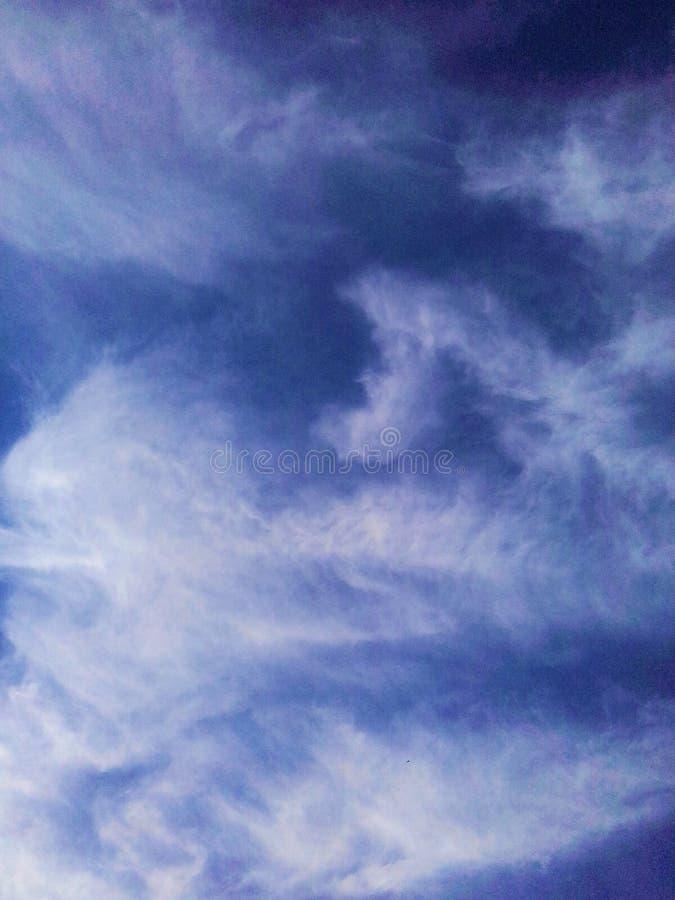 Природа и небеса стоковое изображение rf