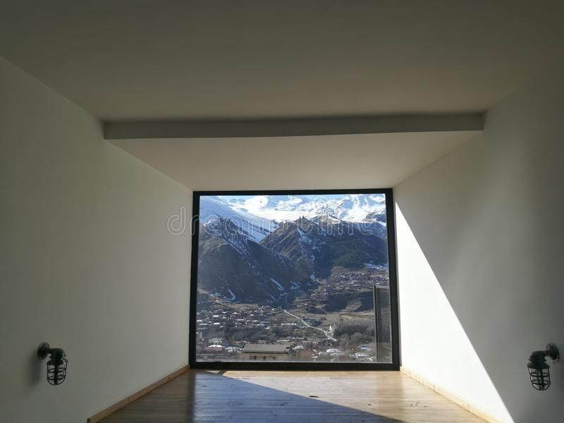 природа к окну стоковое изображение