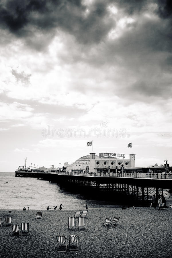 Пристань дворца Brighton, сверхконтрастная стоковые фото
