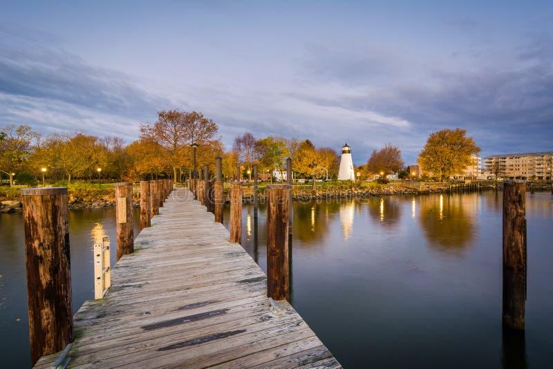 Пристань и согласие указывают маяк в Гавре de Грейсе, Мэриленде стоковые фото