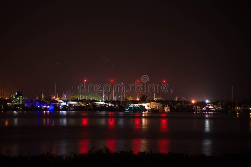 Пристань на ноче стоковая фотография