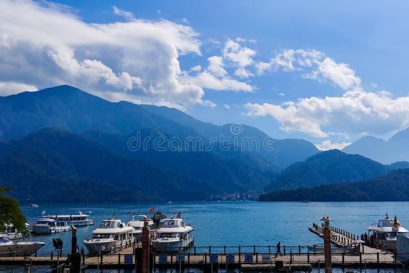 Пристань озера стоковое изображение rf