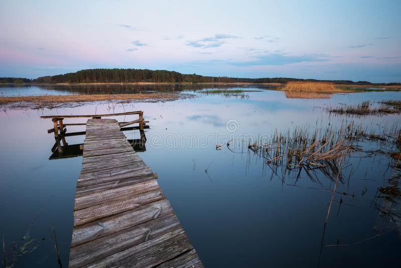 пристань озера старая деревянная стоковое фото